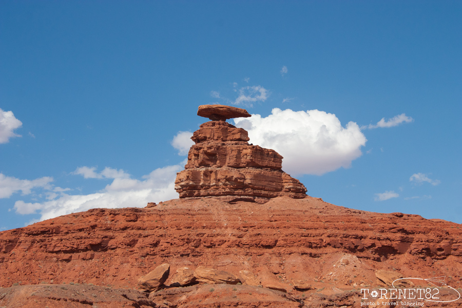 Mexican Hat monument valley