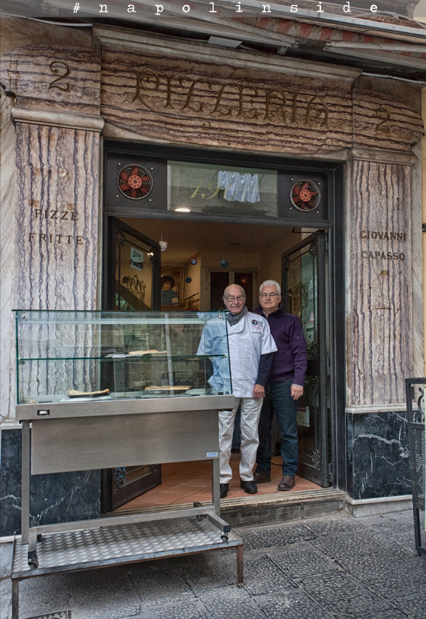 porta san gennaro napolinside napoli centro storico pizzeria capasso