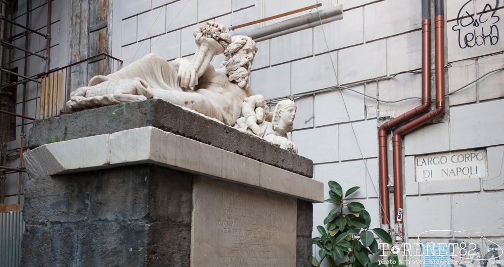 statua del nilo decumani napoli weekend a napoli