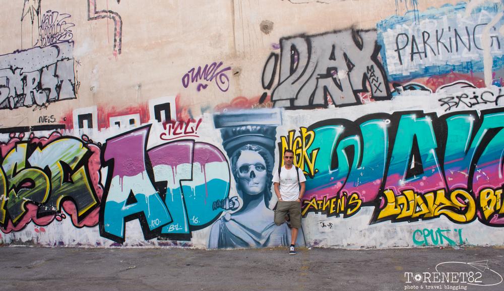 atene viaggi streetart murales