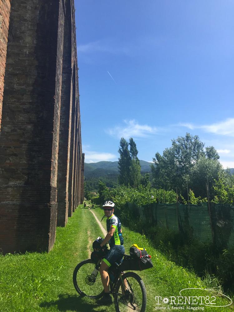 acquedotto del Nottolini tuscany trail toscana bicicletta
